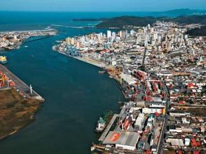 Itajaí (SC) - PIB: R$ 18,5 bilhões / Participação: 0,45%